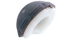 獨一無二的雙赤道設計可以有效防止脫位,特有的髖臼切跡可以在保護橫韌帶及閉孔內動脈的同時增加活動范圍;外杯上有柱狀突起,在不改變外杯位置的前提下,使頭臼覆蓋達到最佳。
